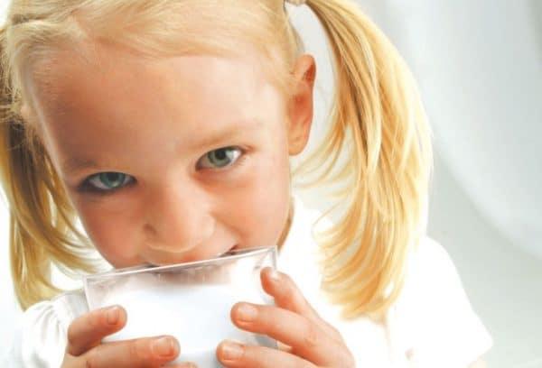 Козье молоко содержит много микроэлементов и минералов