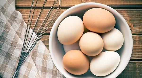 Как узнать, свежие ли яйца