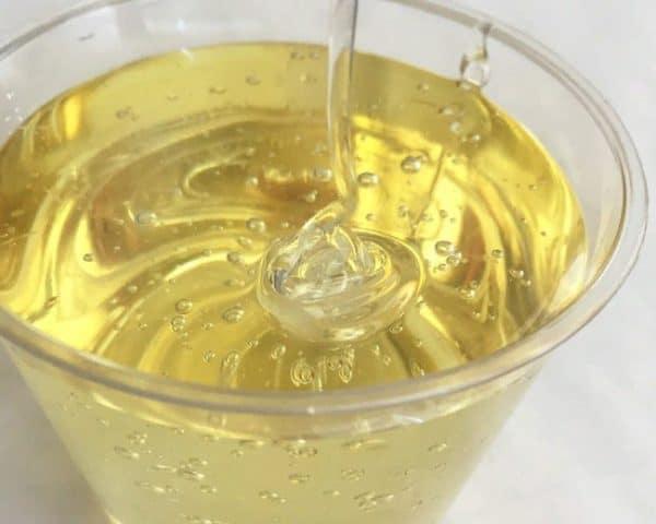 Сахарный сироп для пчел осенью: рецепт приготовления